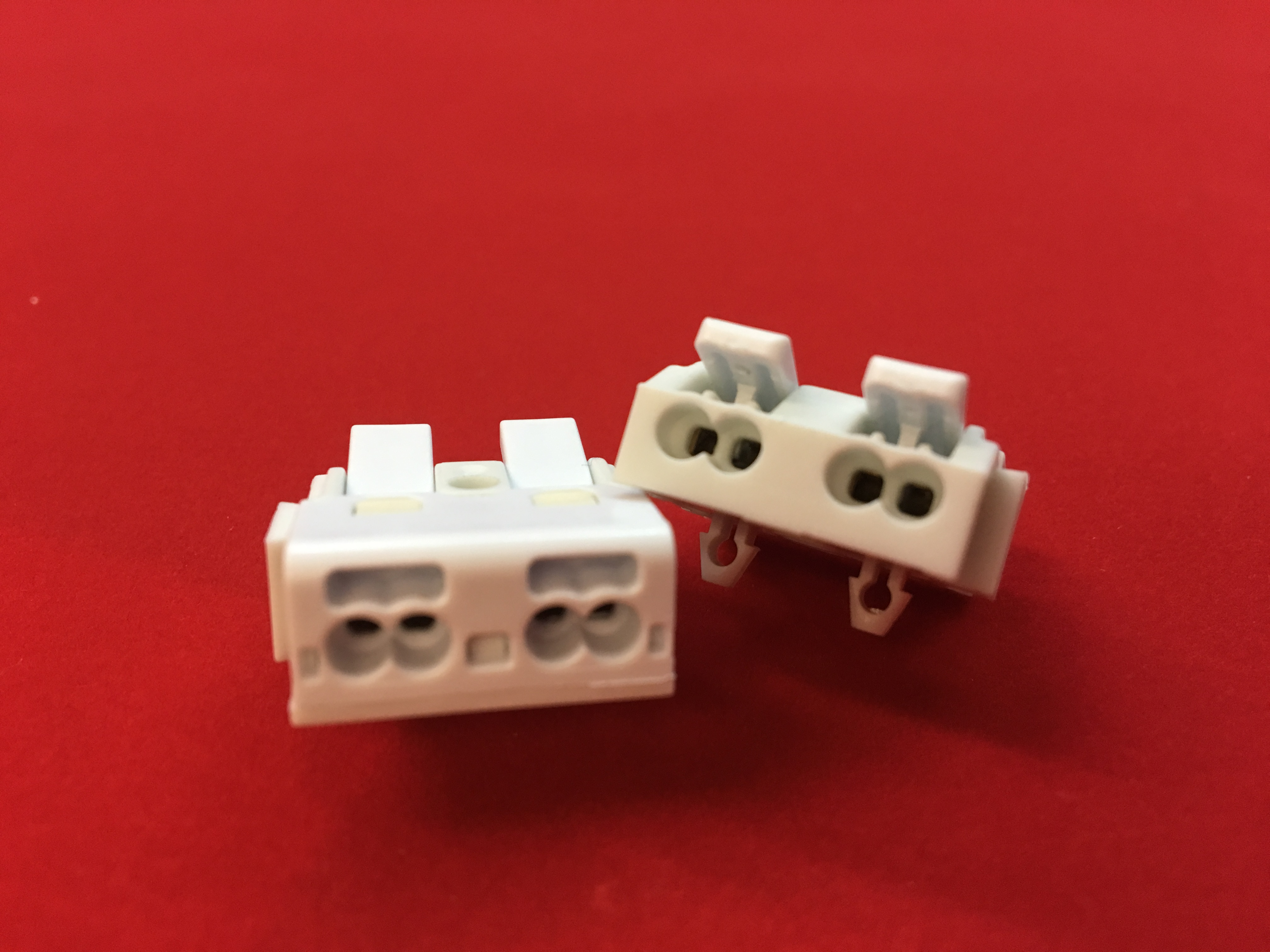 P02-M  SUPER-MINI(only 10mm thick)  Luminaire Pushwire Connector  2 SIDES with